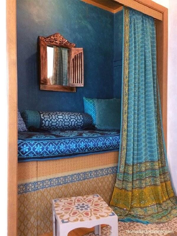 Tecidos leves são indispensáveis na decoração indiana. Fonte: Pinterest