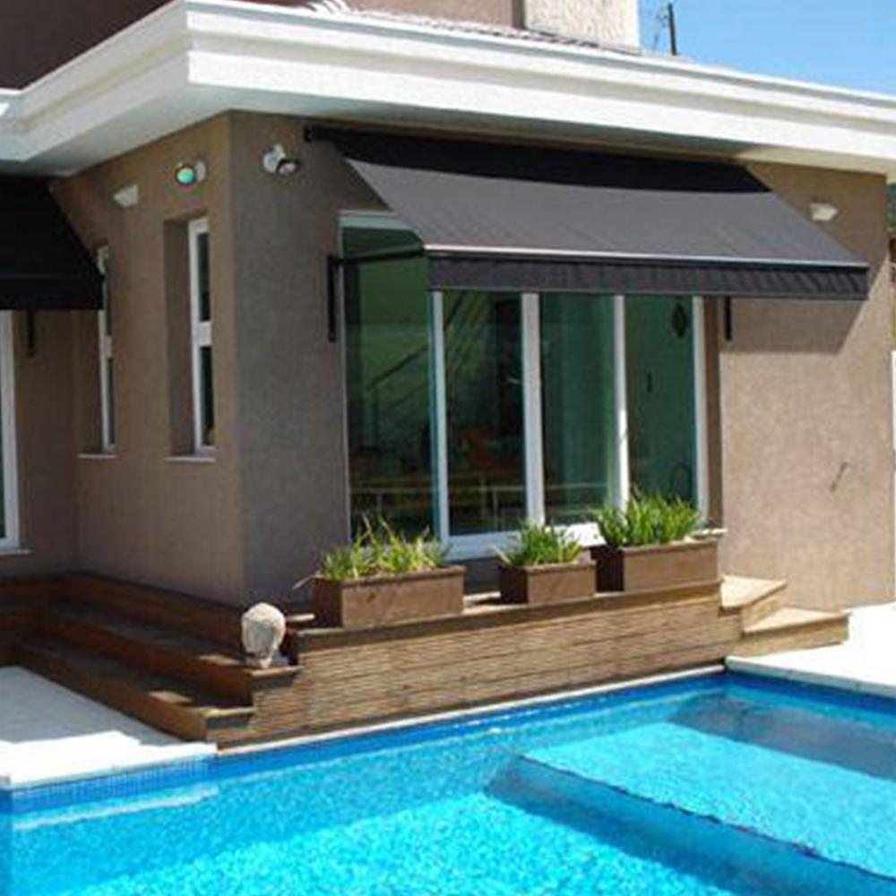 Toldo para varanda pequena de casa com piscina