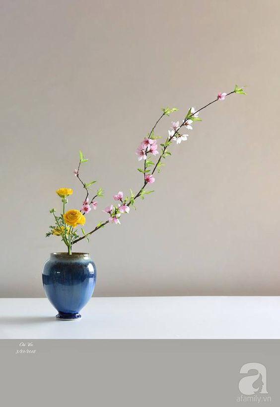 Vaso para ikebana na cor azul