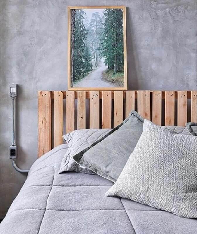 cabeceira de pallet para decoração de quarto industrial Foto Pinterest