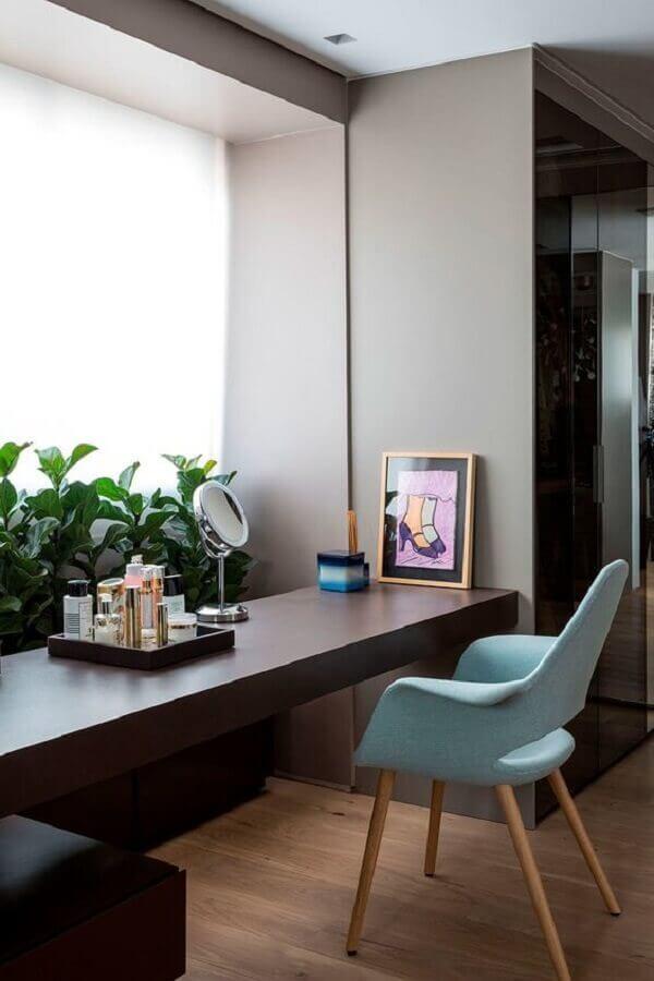 cadeira azul claro para decoração de penteadeira moderna Foto Casa de Valentina
