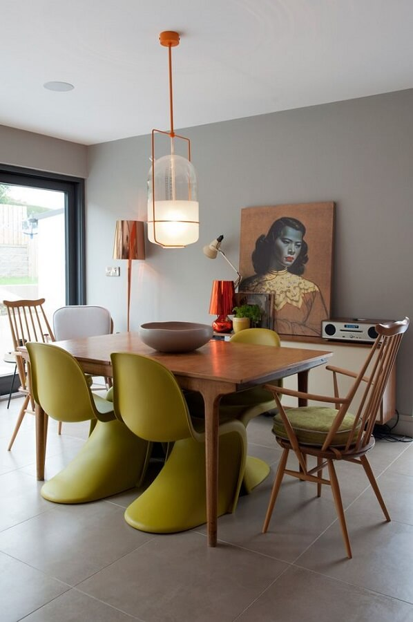 cadeira verde musgo para decoração de sala de jantar cinza moderna Foto Home Fashion Trend