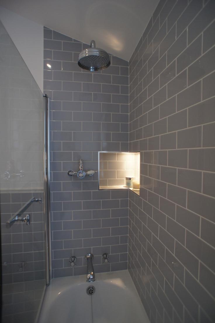 cantoneira para banheiro embutida na parede
