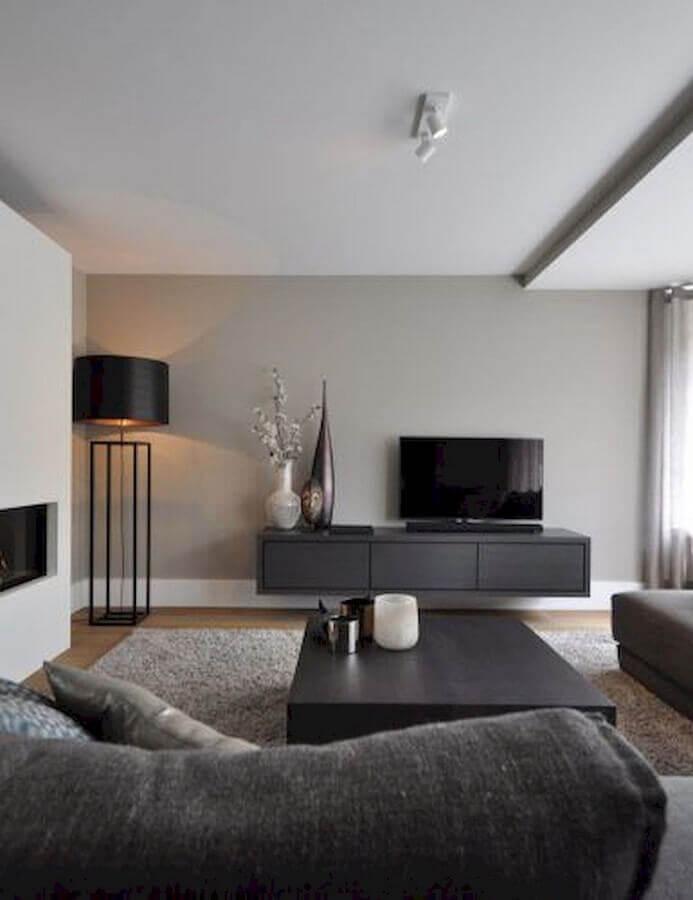 decoração com abajur de pé para sala de estar cinza moderna Foto Futurist Architecture