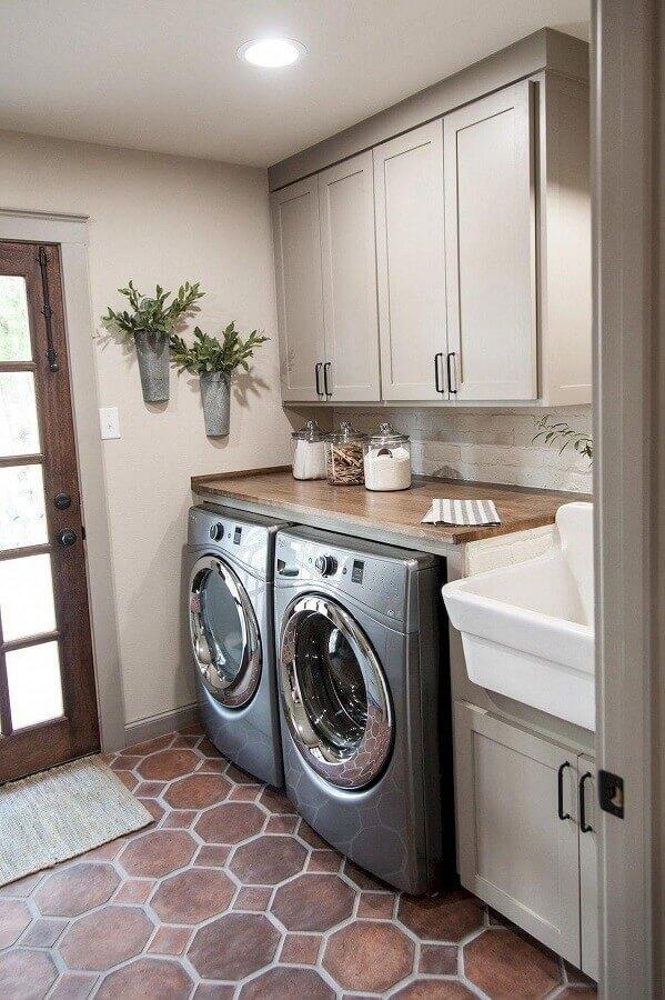 decoração de lavanderia com armário planejado cinza claro Foto Pinterest