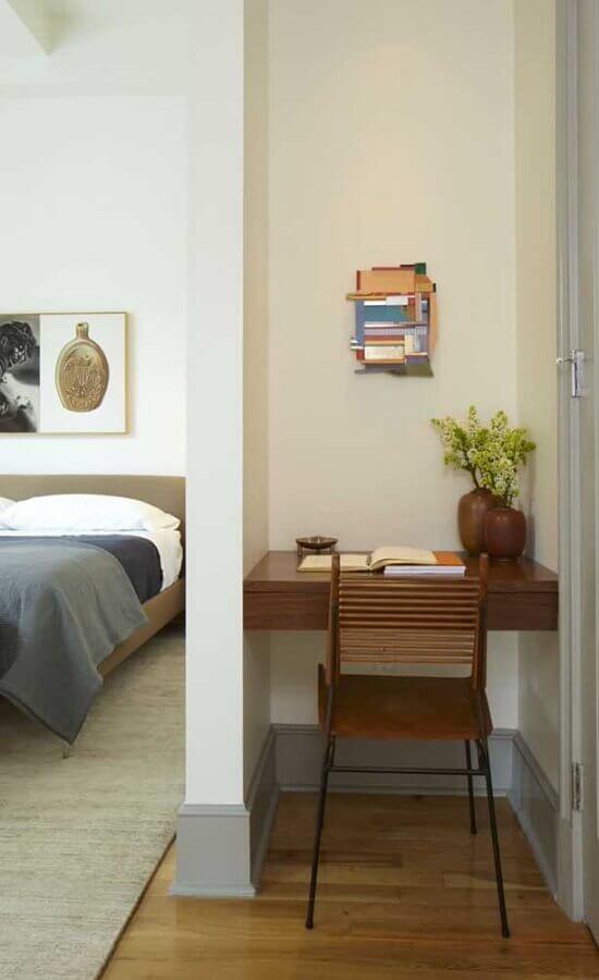 decoração de quarto de casal com escritório pequeno Foto Behance
