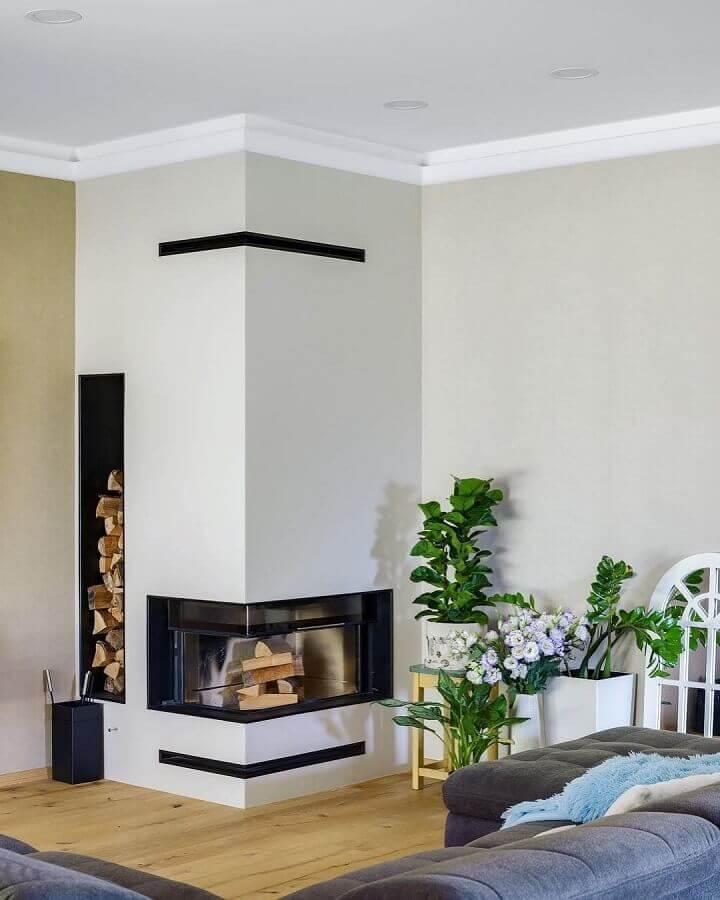 Decoração de sala com lareira de canto Foto Home Fashion Trend