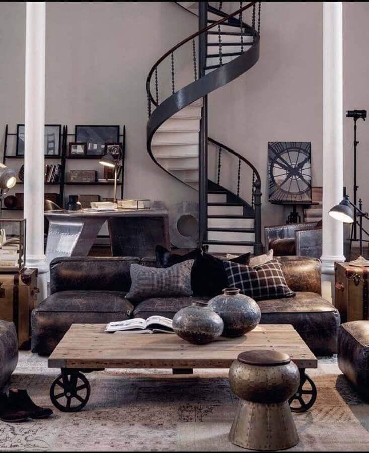 decoração estilo industrial para casa com escada espiral Foto Futurist Architecture