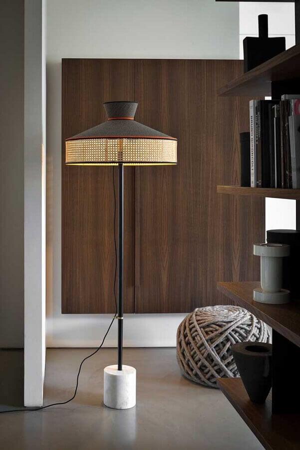 decoração moderna com abajur de pé Foto Home Fashion Trend