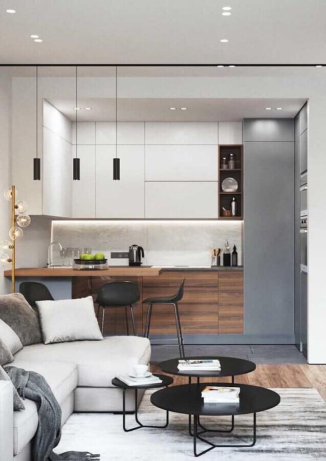 Decoração moderna com armário de cozinha estilo americano planejado Foto Home Fashion Trend