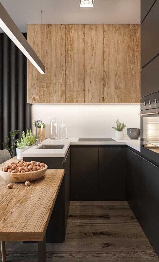 Decoração moderna com móveis planejados para cozinha estilo americana cinza com madeira Foto Futurist Architecture