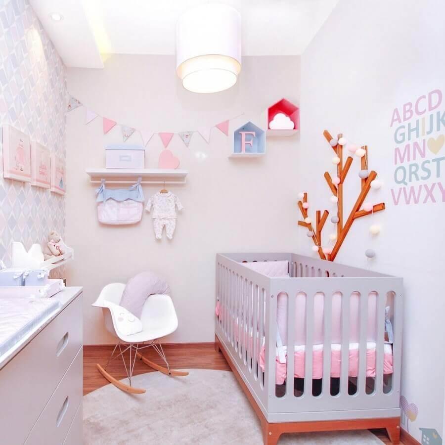 dicas de decoração para quarto de bebê pequeno em cores claras Foto Últimas Decoração
