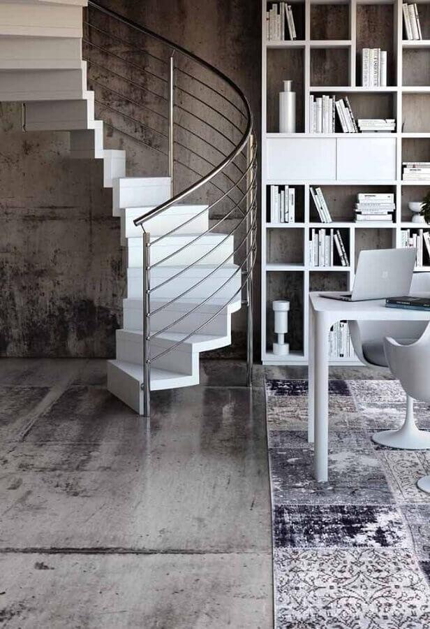 escada espiral branca para decoração de casa cinza moderna Foto Houzz