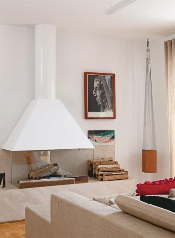 lareira com chaminé branca