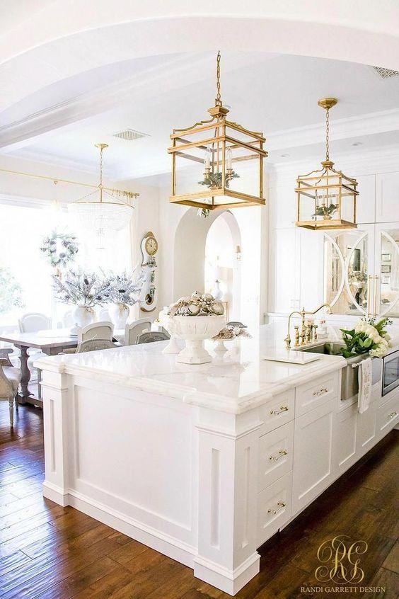 Lustre quadrado dourado para bancada de cozinha de granito