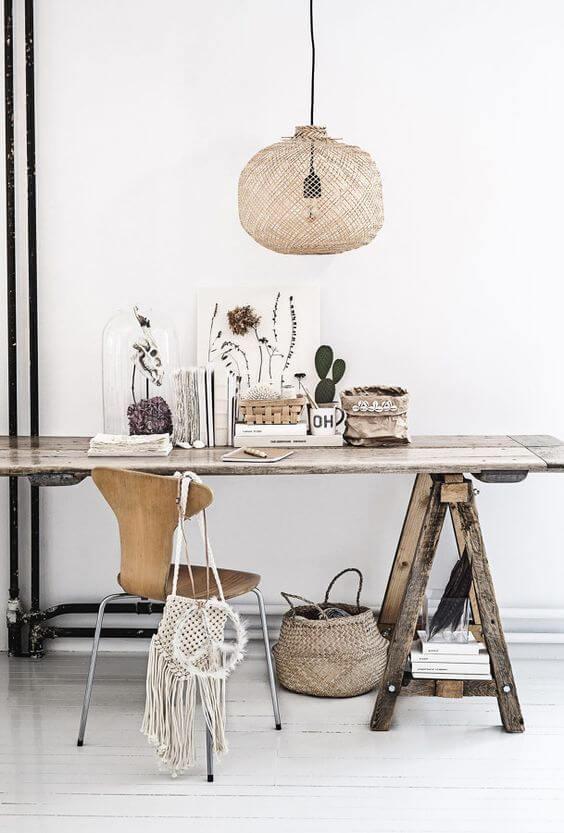 Mesa cavalete de madeira rústica
