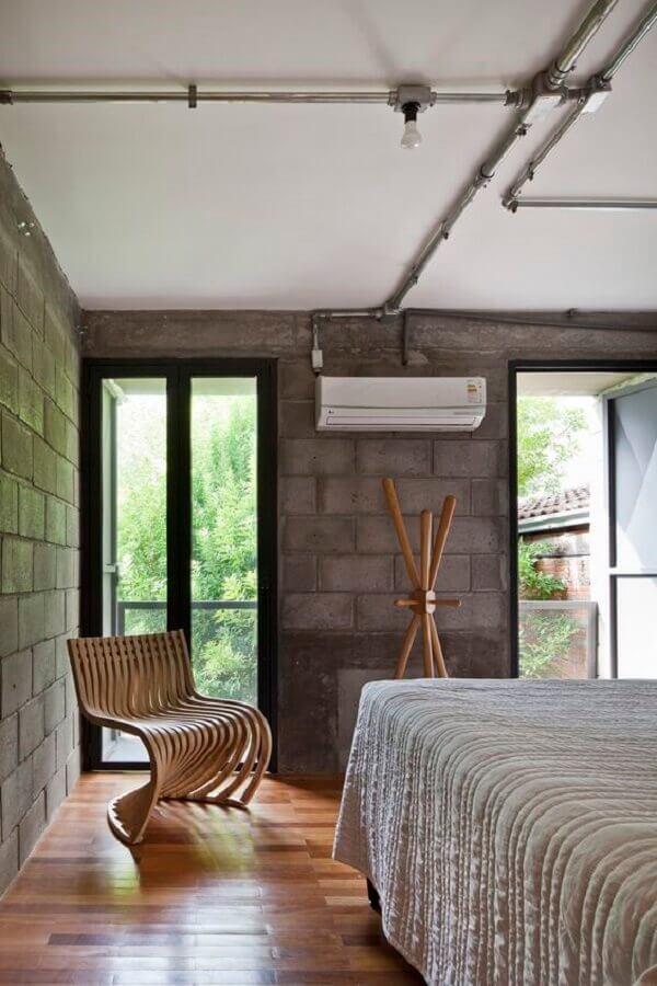 poltrona de madeira moderna para decoração de quarto industrial Foto Archdaily