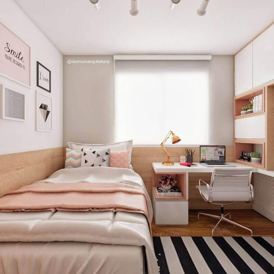 tapete listrado para decoração de quarto planejado com escritório feminino Foto Domum Arquitetura