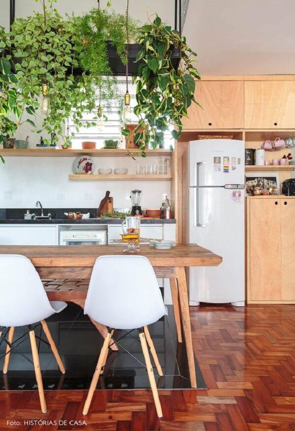 As plantas para cozinha feng shui atraem boas energias. Fonte: Histórias de Casa