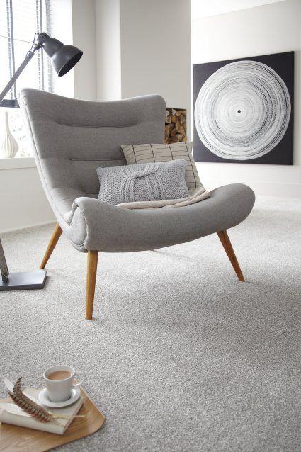 Carpete para sala com poltrona cinza
