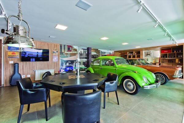 Casa com garagem moderna