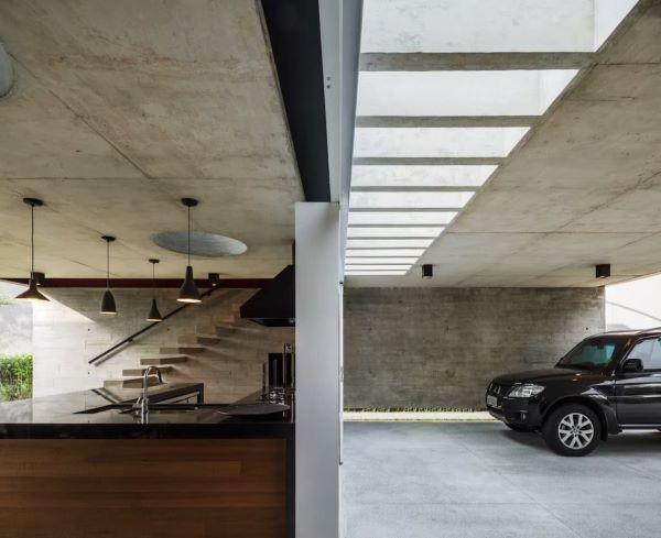 Cerâmica para garagem em cinza chumbo para decoração moderna