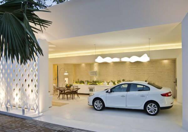 Cerâmica para garagem moderna com mesa para área de lazer