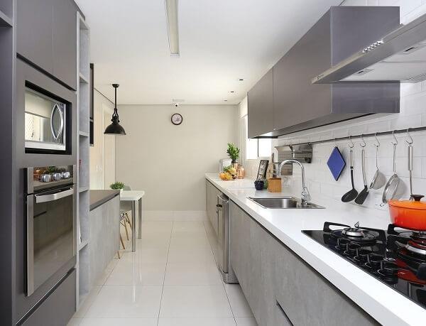 Conserte qualquer tipo de vazamento que possa ter na sua casa. Projeto de Karen Pisacane