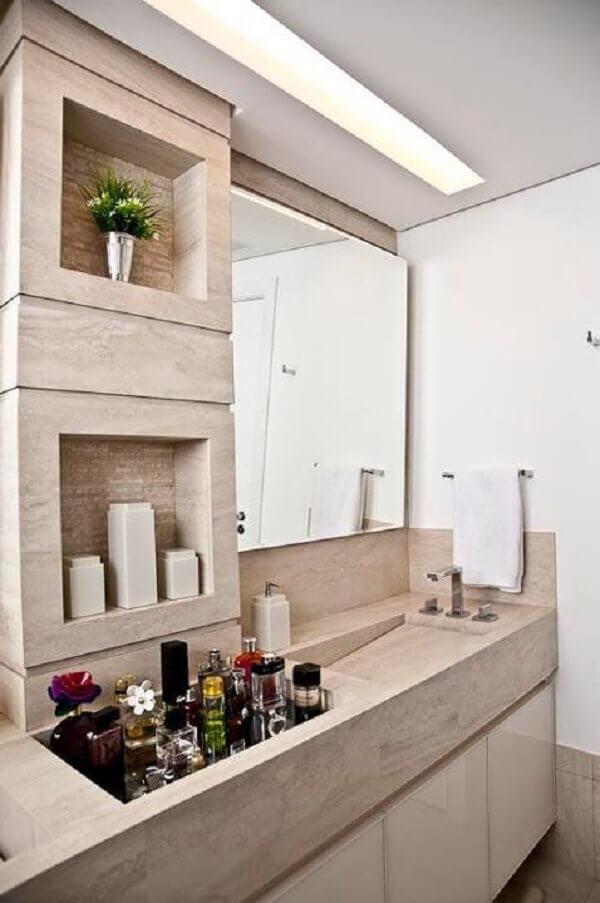 Decoração com gesso no teto do lavabo