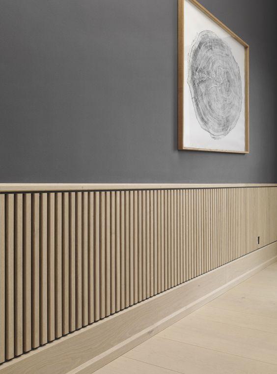 Decoração de corredor com rodameio branco e cinza