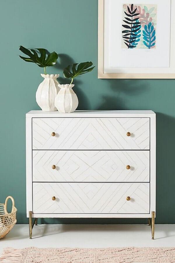 Decoração de quarto com vasos de plantas para cômoda branca pequena Foto Pinterest