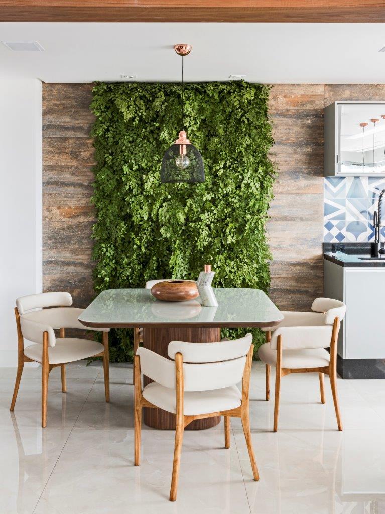 Decoração para sala de estar com parede verde