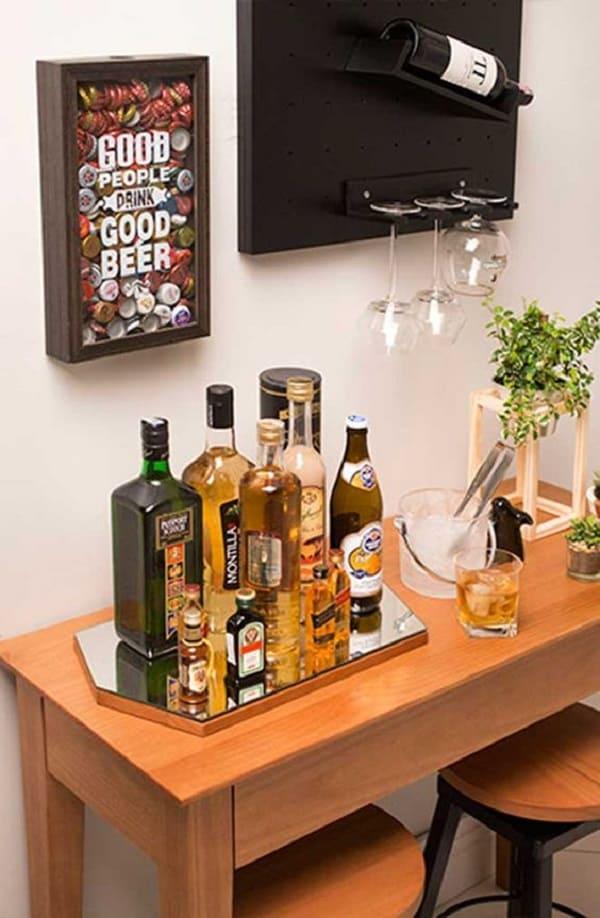 Design criativo para bandeja bar espelhada. Fonte: Pinterest