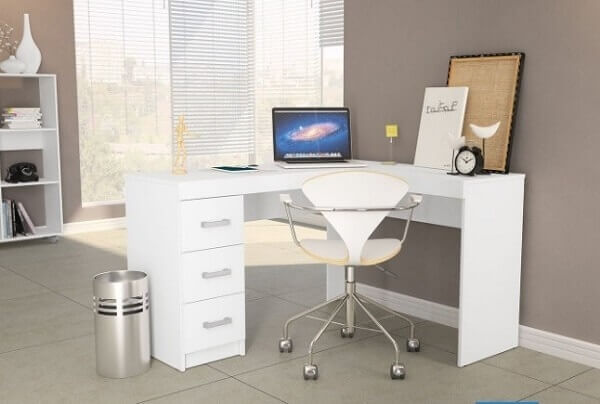Escrivaninha em formato L com gaveteiro mdf branco embutido. Fonte: Pinterest