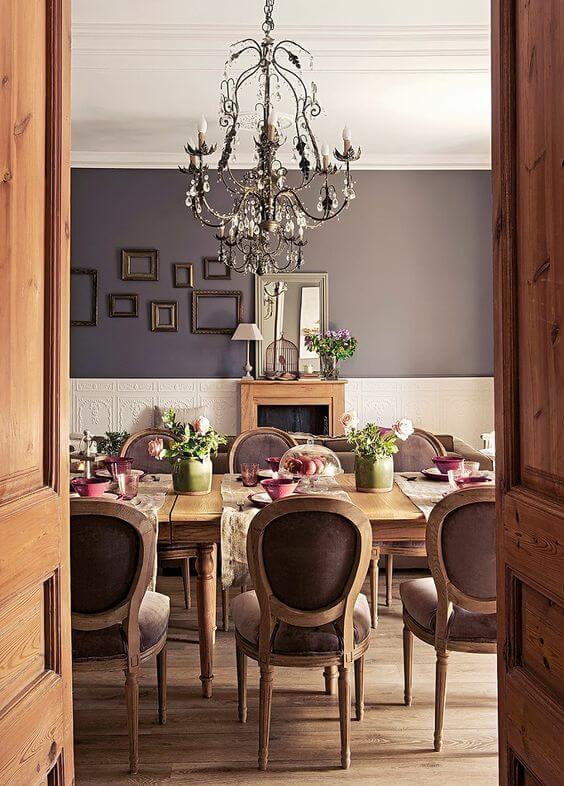 Mesa estilo provençal para sala de jantar rústica e chique