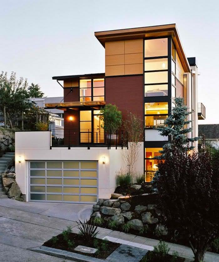Modelos de garagem com portão de vidro