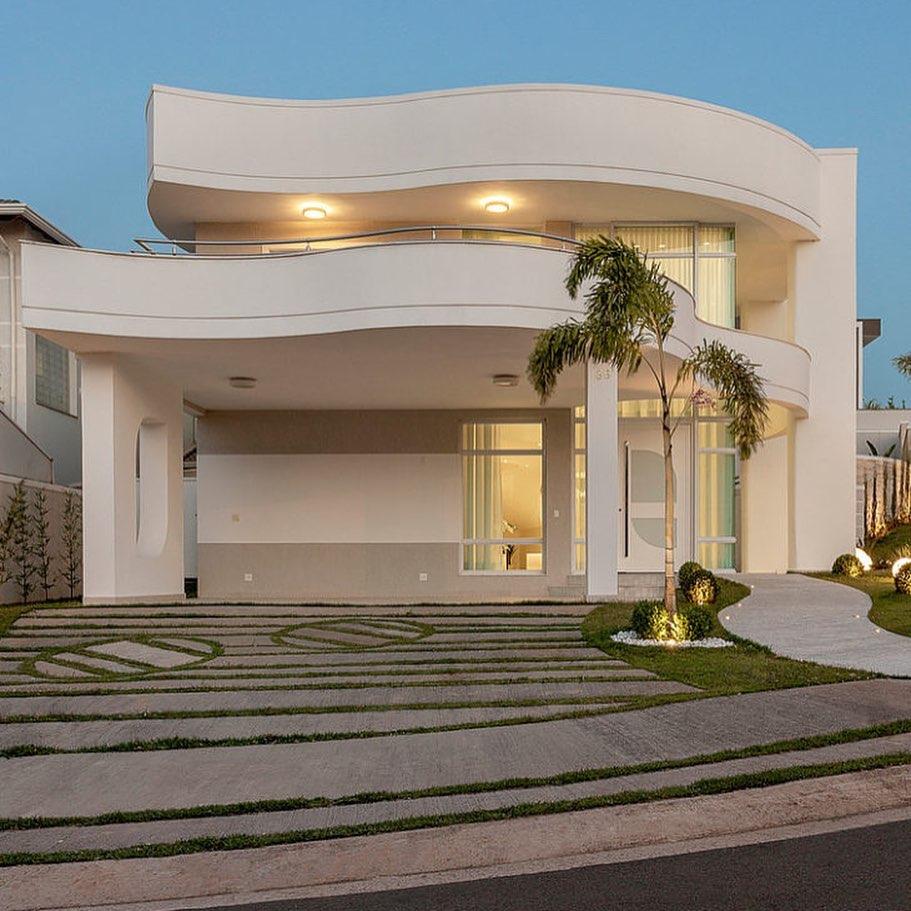 Modelos de garagem na entrada de casa moderna