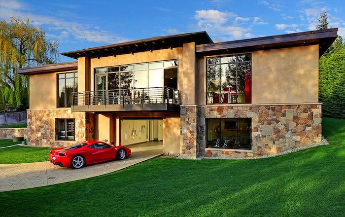 Modelos de garagem para mansão com rampa para carros