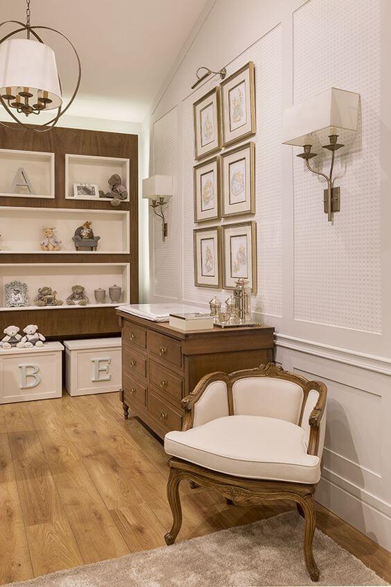 Moldura de isopor para parede de quarto de bebê estilo vintage e sofisticado