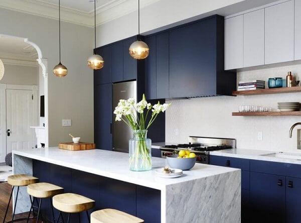 O feng shui cozinha garante a circulação de boas vibrações no ambiente. Fonte: Arkpad