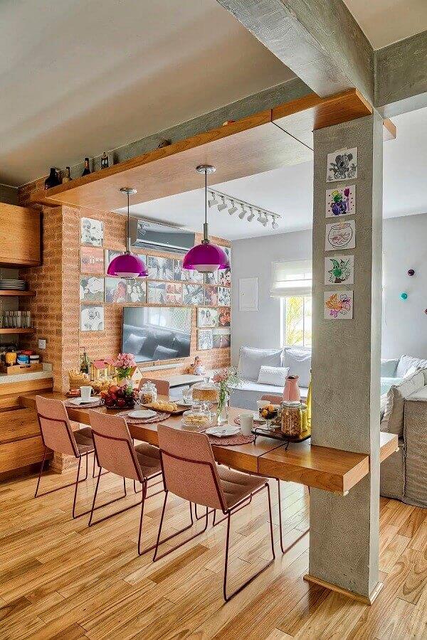 Parede de tijolinho a vista para decoração de cozinha aberta com sala Foto  Rafael Renzo