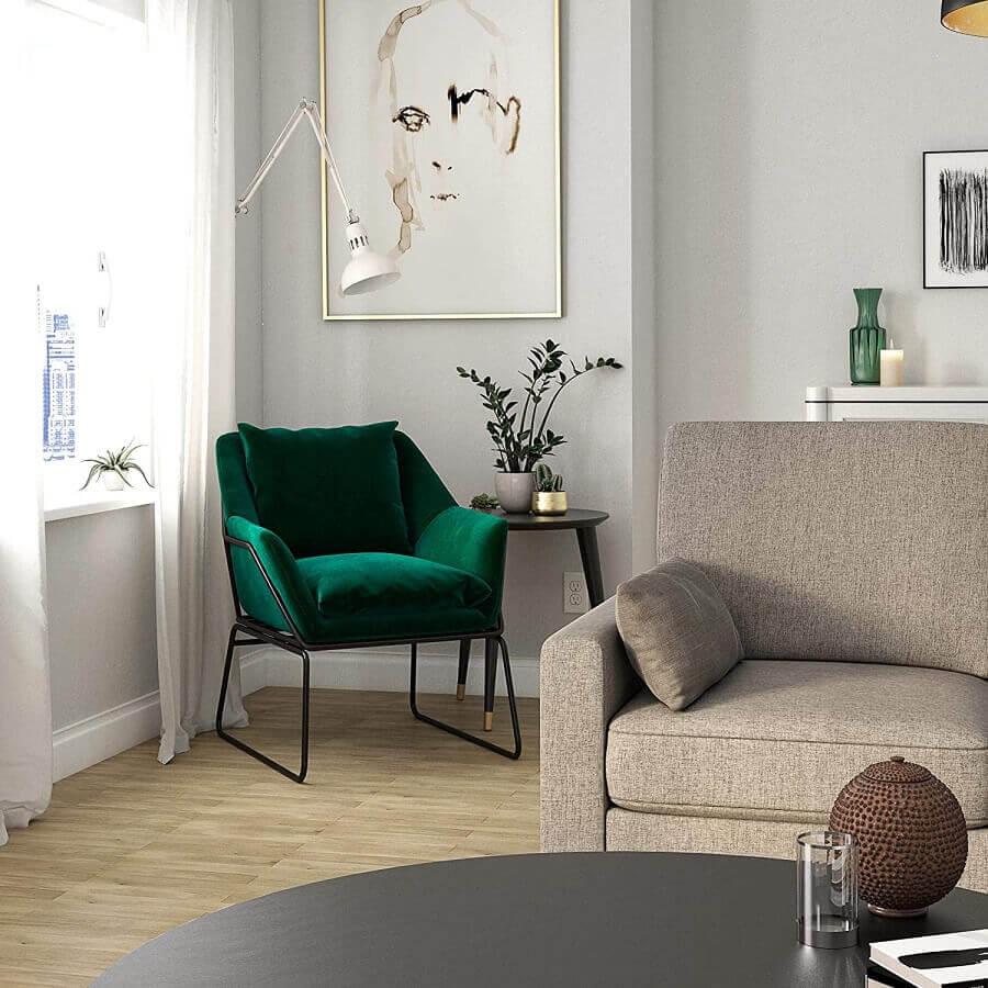 Poltrona confortável para sala clean decorada com sofá cinza Foto Target