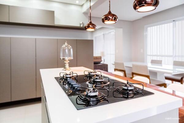 Procure utilizar todos os queimadores do seu fogão ou cooktop. Projeto de Atrio Engenharia e Arquitetura