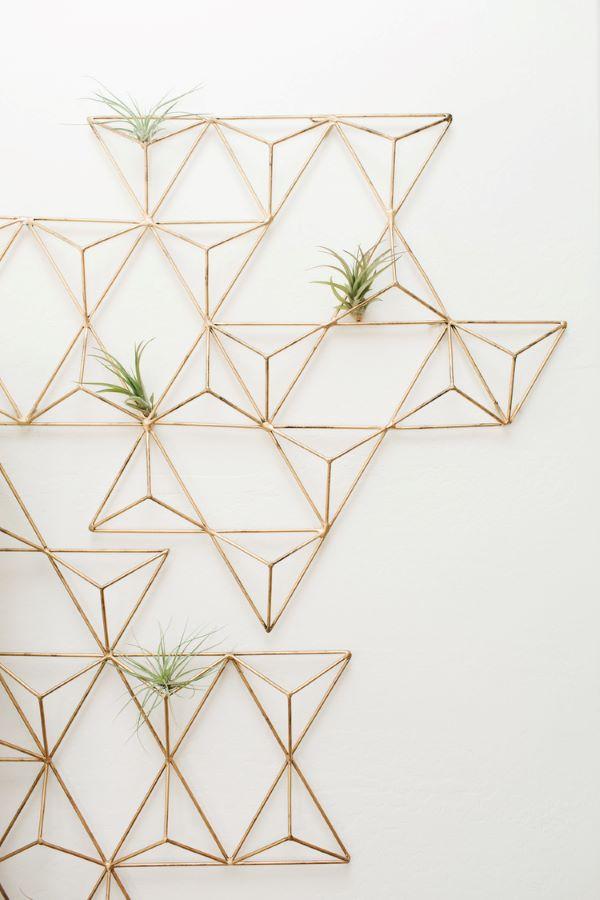Quadro de ferro decorado com plantas aéreas