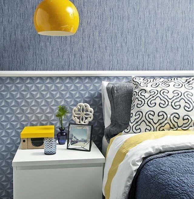 Quarto azul com rodameio adesivo branco
