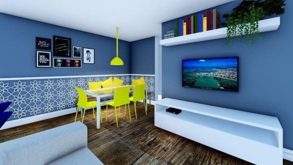 Sala com rodameio para separar a tint azul da estampa e mesa de jantar com cadeira amarela