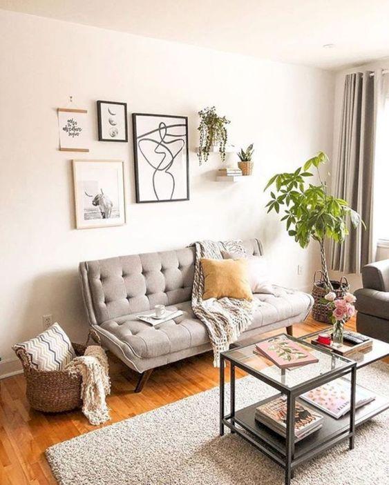 Sofá pé palito 2 lugares para sala moderna em tons de cinza