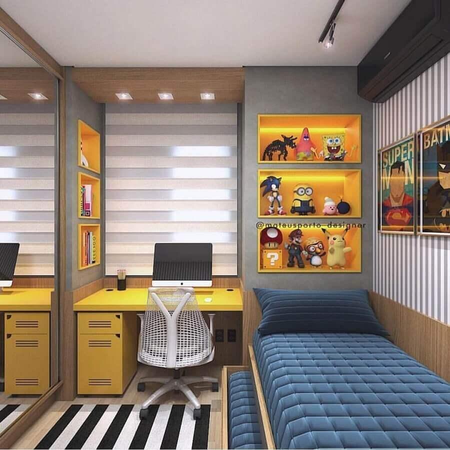 Tapete listrado para decoração de quarto pequeno masculino planejado Foto Magz House