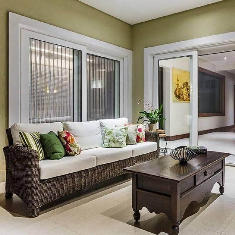 Tipo de sofa de vime para decoracao de varanda Foto Ronaldo Rizzutti
