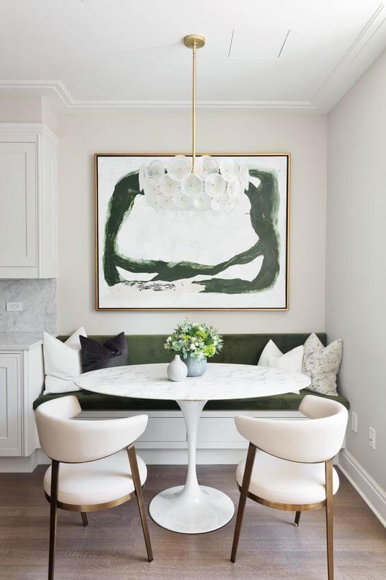 Lustre branco moderno para sala com mesa de jantar redonda